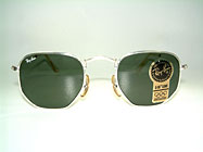 Ray Ban Classic Style III Details