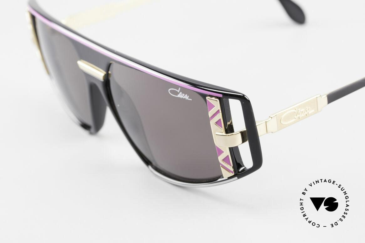Cazal 874 Lady Gaga Sonnenbrille 90er, getragen von Lady Gaga (MTV-Interview 12 / 2009), Passend für Herren und Damen