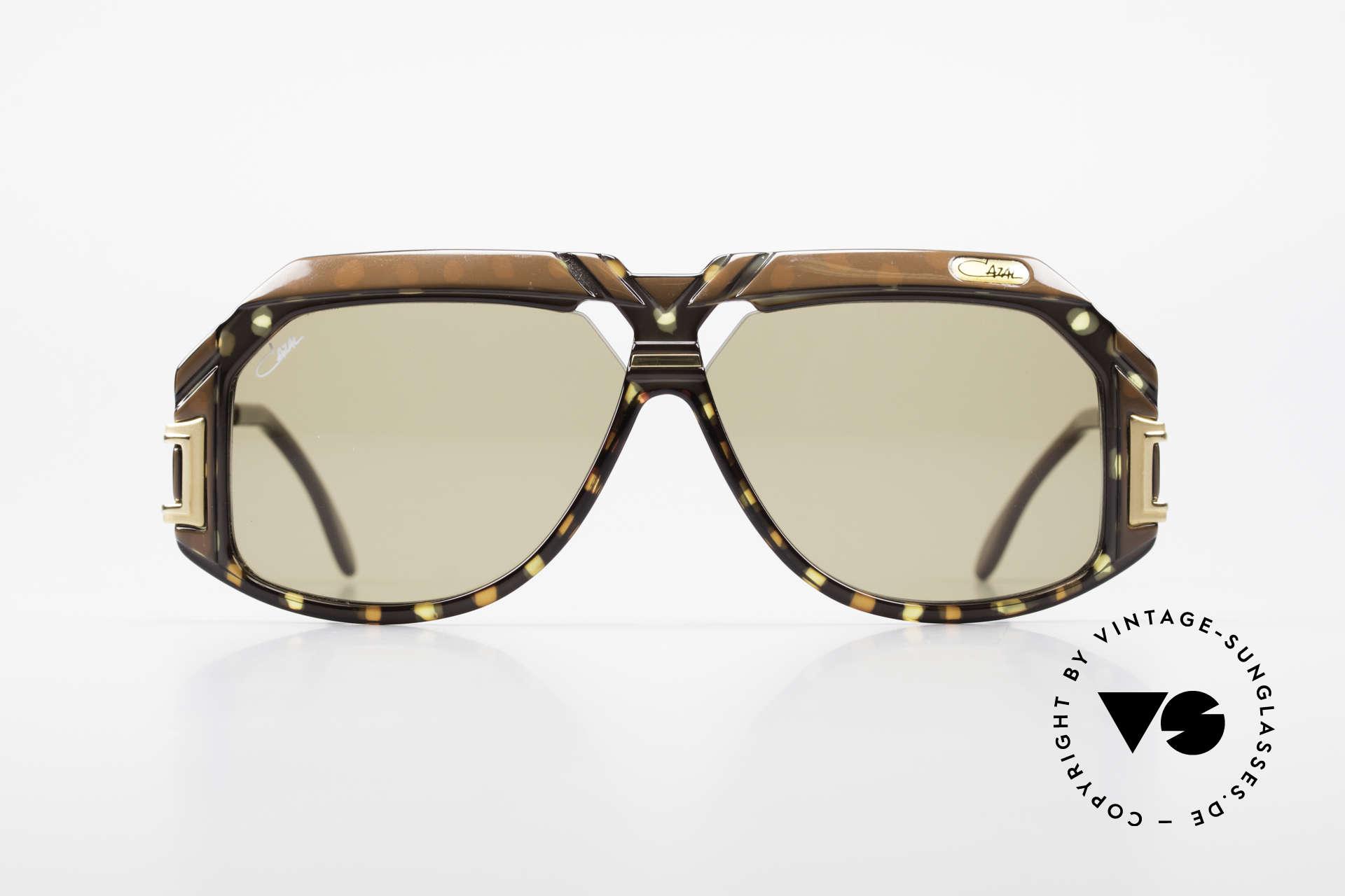 Cazal 870 Seltene 80er Designerbrille, grandiose Rahmenkonstruktion & sagenhafte Farben, Passend für Herren und Damen
