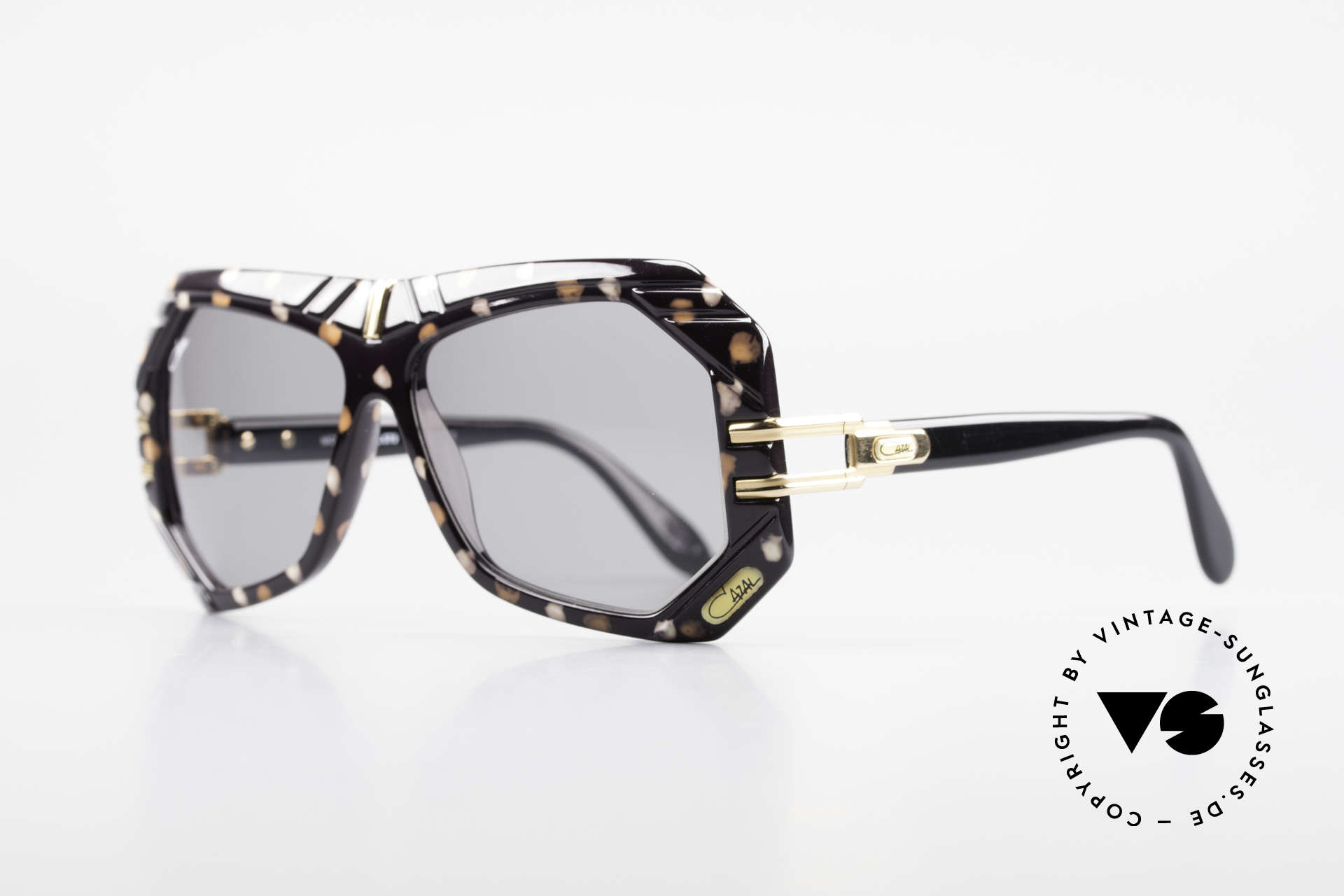 Cazal 868 West Germany Designerbrille, Farbbezeichnung: weiss-karamel gefleckt / schwarz, Passend für Herren und Damen