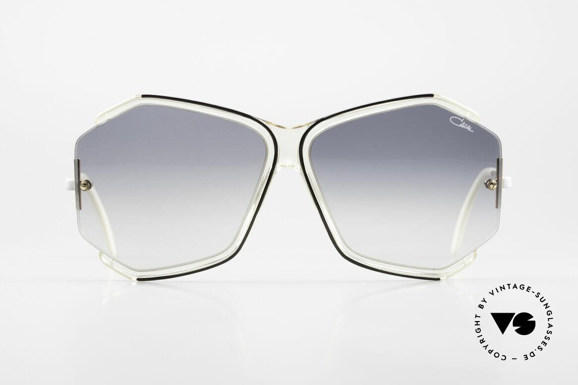 Cazal 852 Riesige 80er Vintage Brille, filigraner Rahmen mit dezenten Farbkompositionen, Passend für Damen
