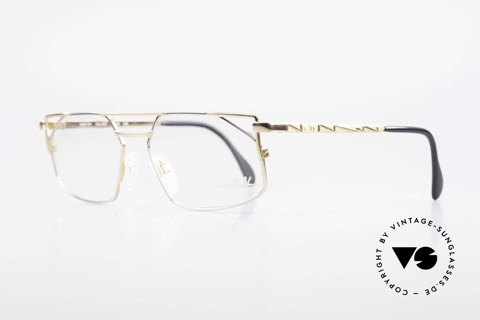 Cazal 751 Eckige Alte 90er Designerbrille, tolles altes Designerstück; als Herrenbrille konzipiert, Passend für Herren