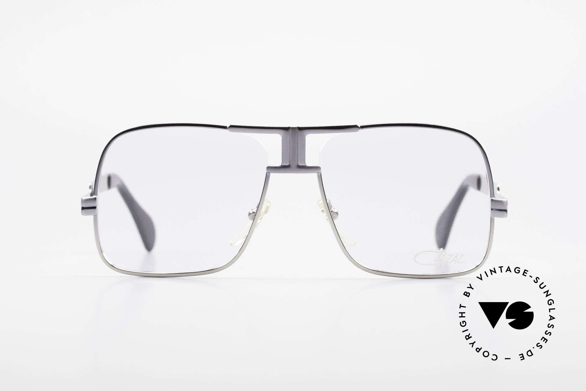 Cazal 701 Ultra Seltene Cazal 70er Brille, monumentale Fertigungsqualität aus Deutschland, Passend für Herren