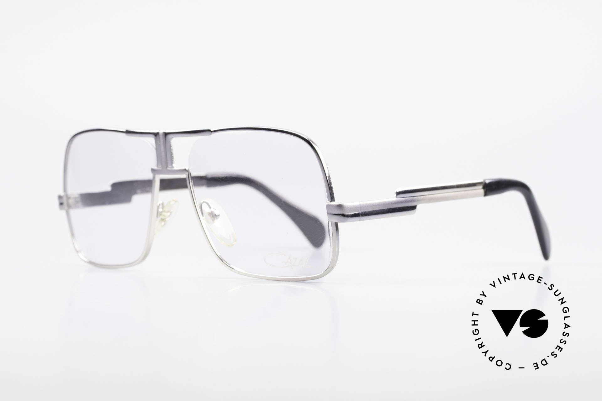 Cazal 701 Ultra Seltene Cazal 70er Brille, einzigartiger Lackierungsverlauf von grau zu silber, Passend für Herren