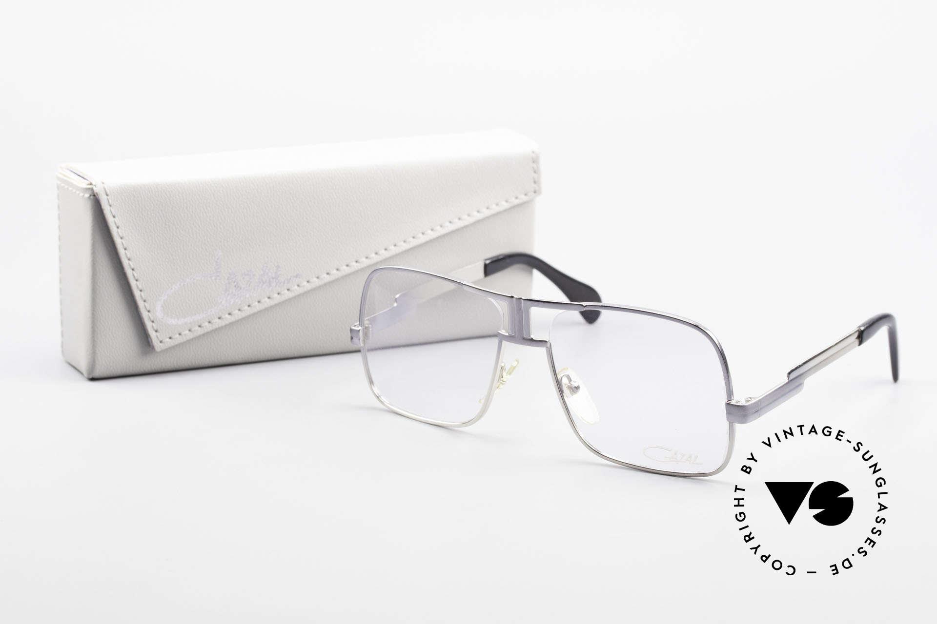 Cazal 701 Ultra Seltene Cazal 70er Brille, KEINE Retrobrille, sondern ein 40 Jahre altes Original, Passend für Herren