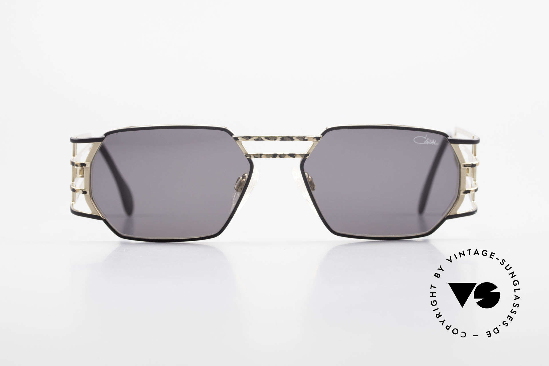 Cazal 980 Markante 90er Vintage Brille, eckige Metall-Fassung mit sehr markanten Bügeln, Passend für Herren und Damen