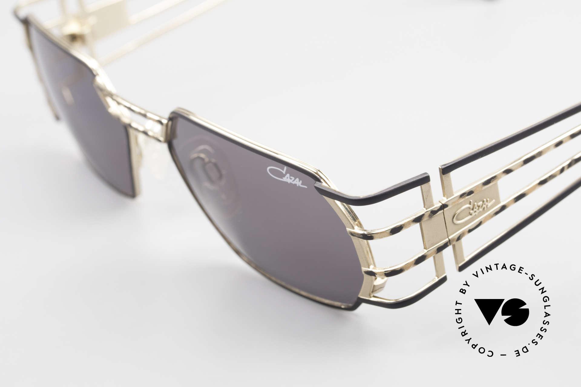 Cazal 980 Markante 90er Vintage Brille, ungetragen; wie alle unsere vintage 1990er CAZALS, Passend für Herren und Damen