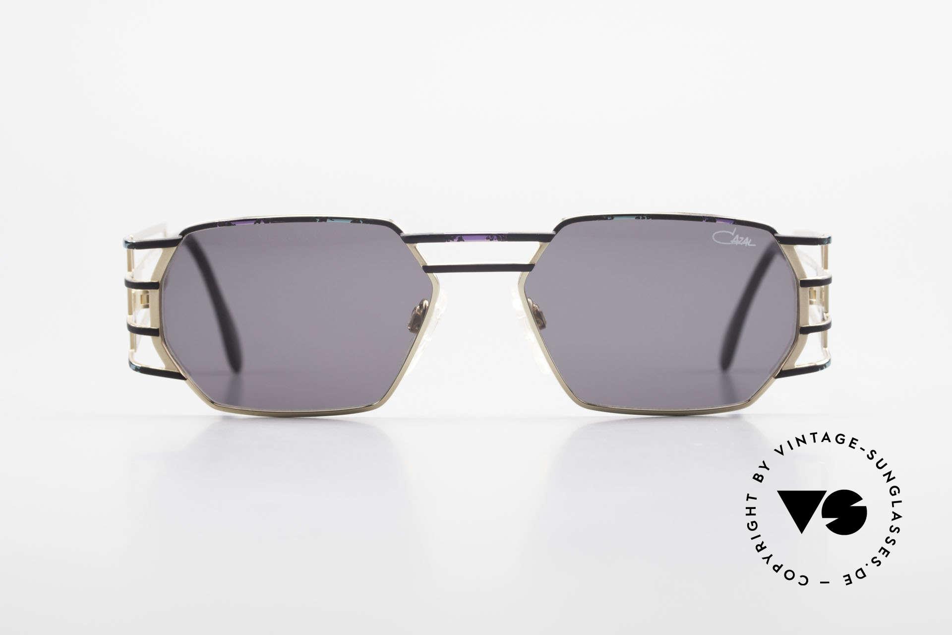 Cazal 980 Markante Vintage Sonnenbrille, eckige Metall-Fassung mit sehr markanten Bügeln, Passend für Herren und Damen