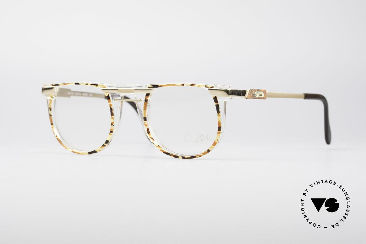 Cazal 647 90er Vintage Designerbrille, rundliche Designer-Korrektionsfassung von CAZAL, Passend für Herren und Damen