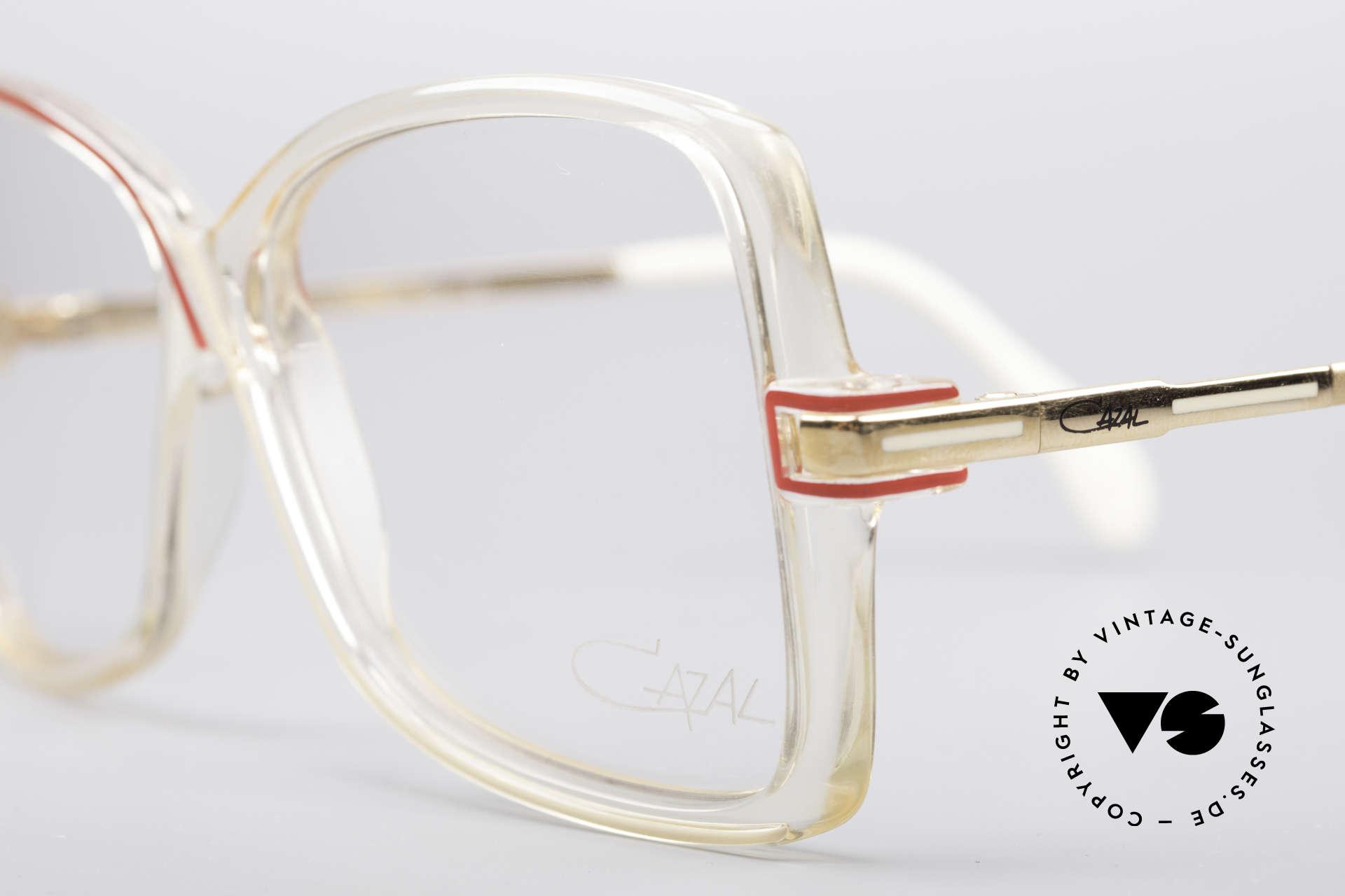 Cazal 175 Echt 80er Vintage Brille, ungetragen (wie alle unsere alten vintage Brillen), Passend für Damen