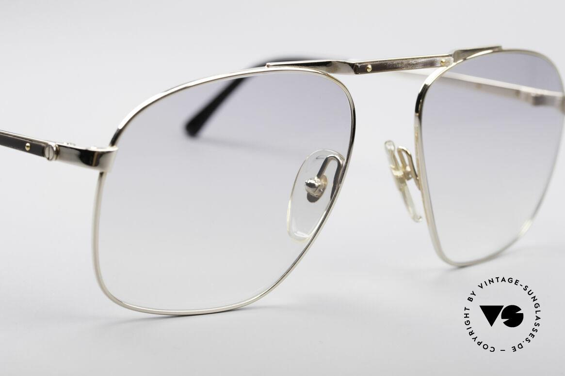 Dunhill 6046 80er Luxus Sonnenbrille, mit ganz leicht getönten Gläsern; daher vielseitig tragbar, Passend für Herren