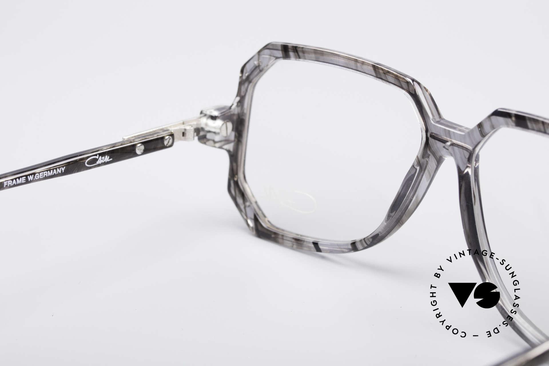 Cazal 639 Old School 80er Brille, Größe: medium, Passend für Herren