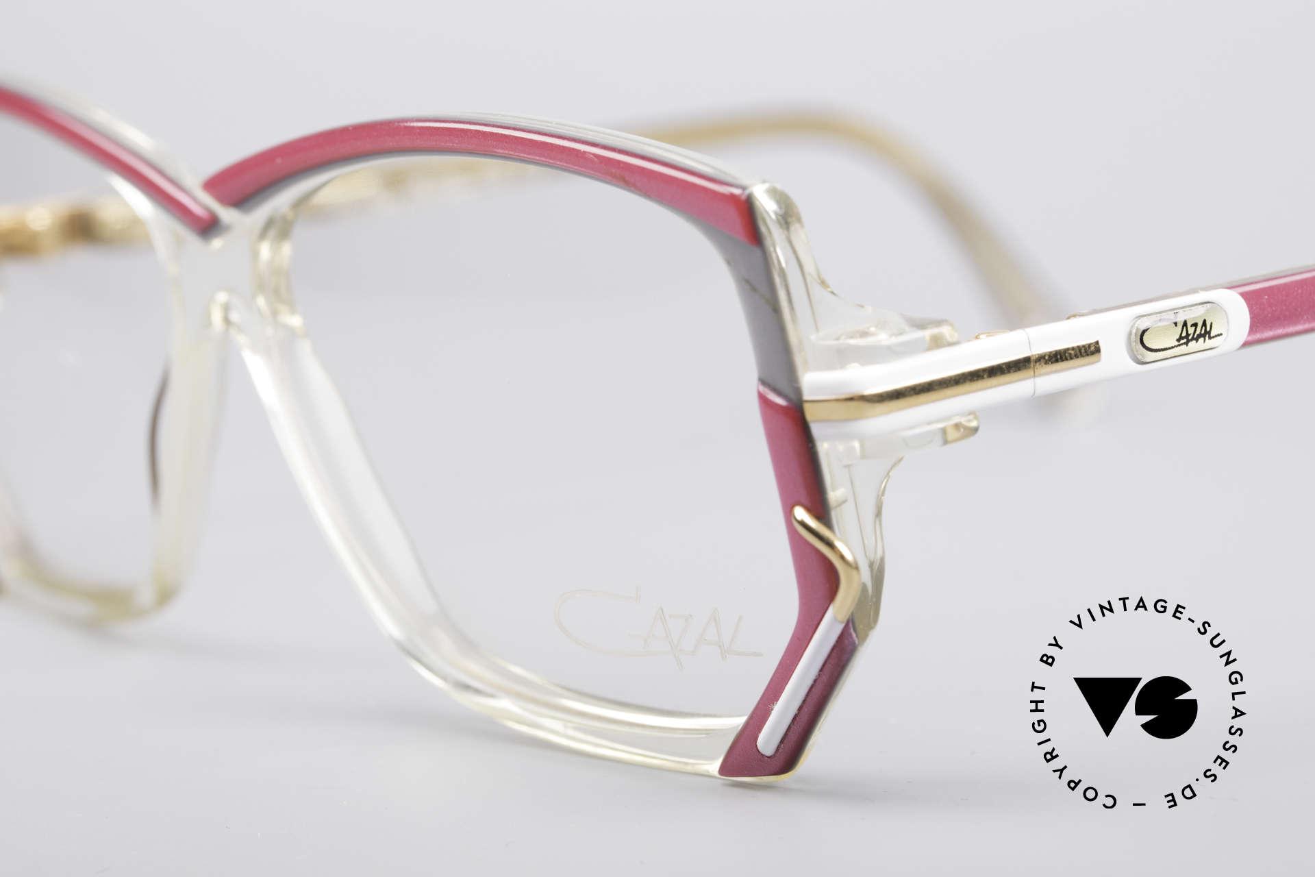 Cazal 197 80er Vintage Designerbrille, ungetragen (wie alle unsere vintage Brillen von Cazal), Passend für Damen