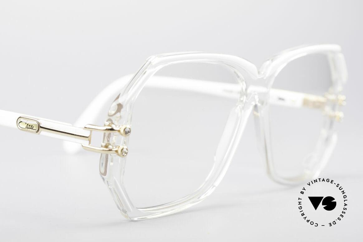 Cazal 169 Kleine Designer Brille, ungetragen (wie all unsere alten Cazal vintage Originale), Passend für Damen