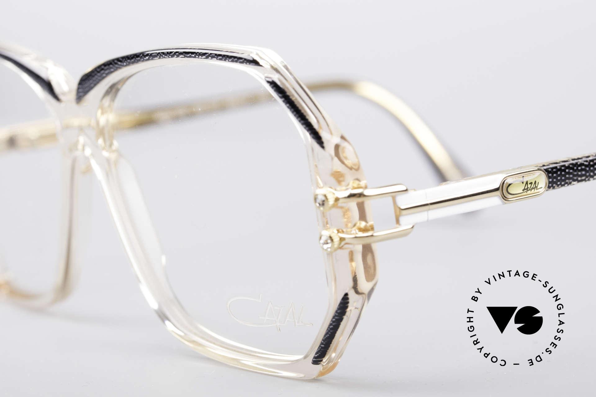 Cazal 169 Vintage Designer Brille, mit 4 kleinen dezenten Strass-Steinen als Zierschrauben, Passend für Damen