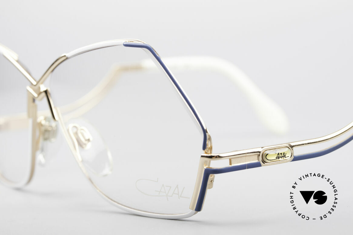Cazal 226 West Germany Vintage Brille, 80er Rahmen (W.Germany), 90er = made in Germany, Passend für Damen