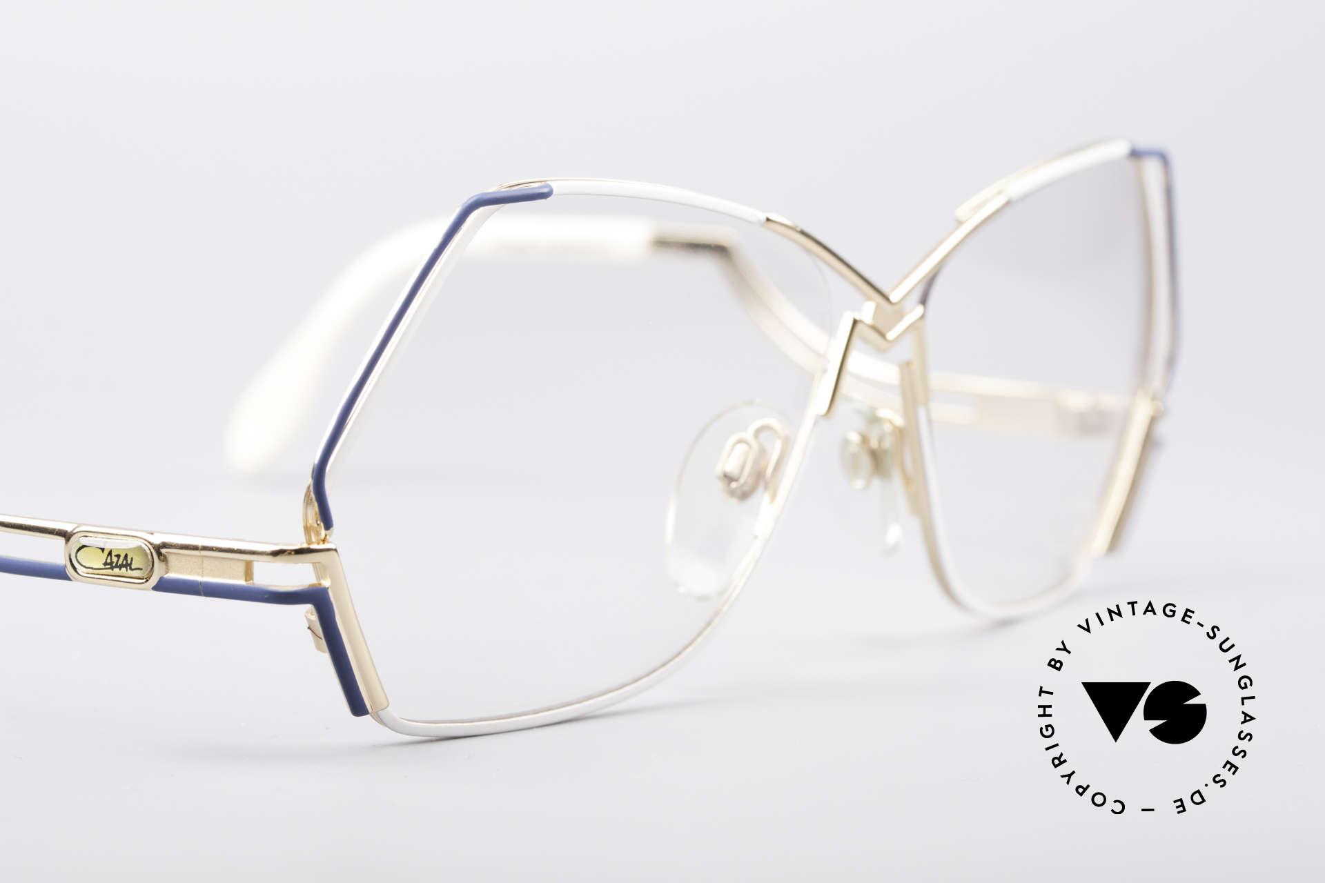 Cazal 226 West Germany Vintage Brille, ungetragen (wie alle unsere CAZAL vintage Brillen), Passend für Damen