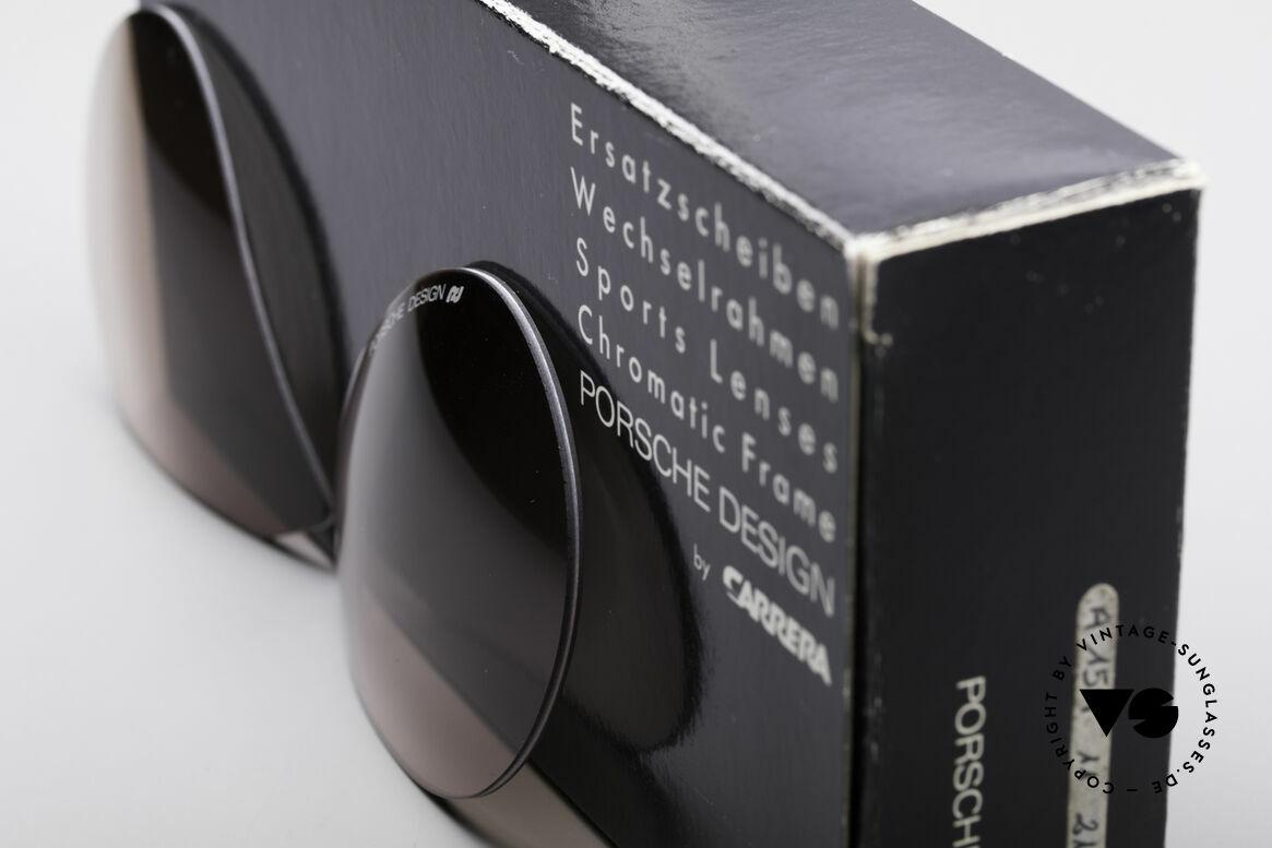 Porsche 5628 Lenses 80er Faltsonnenbrille, Kunststoff-Gläser in braun-Verlauf für 100% UV-Schutz, Passend für Herren und Damen