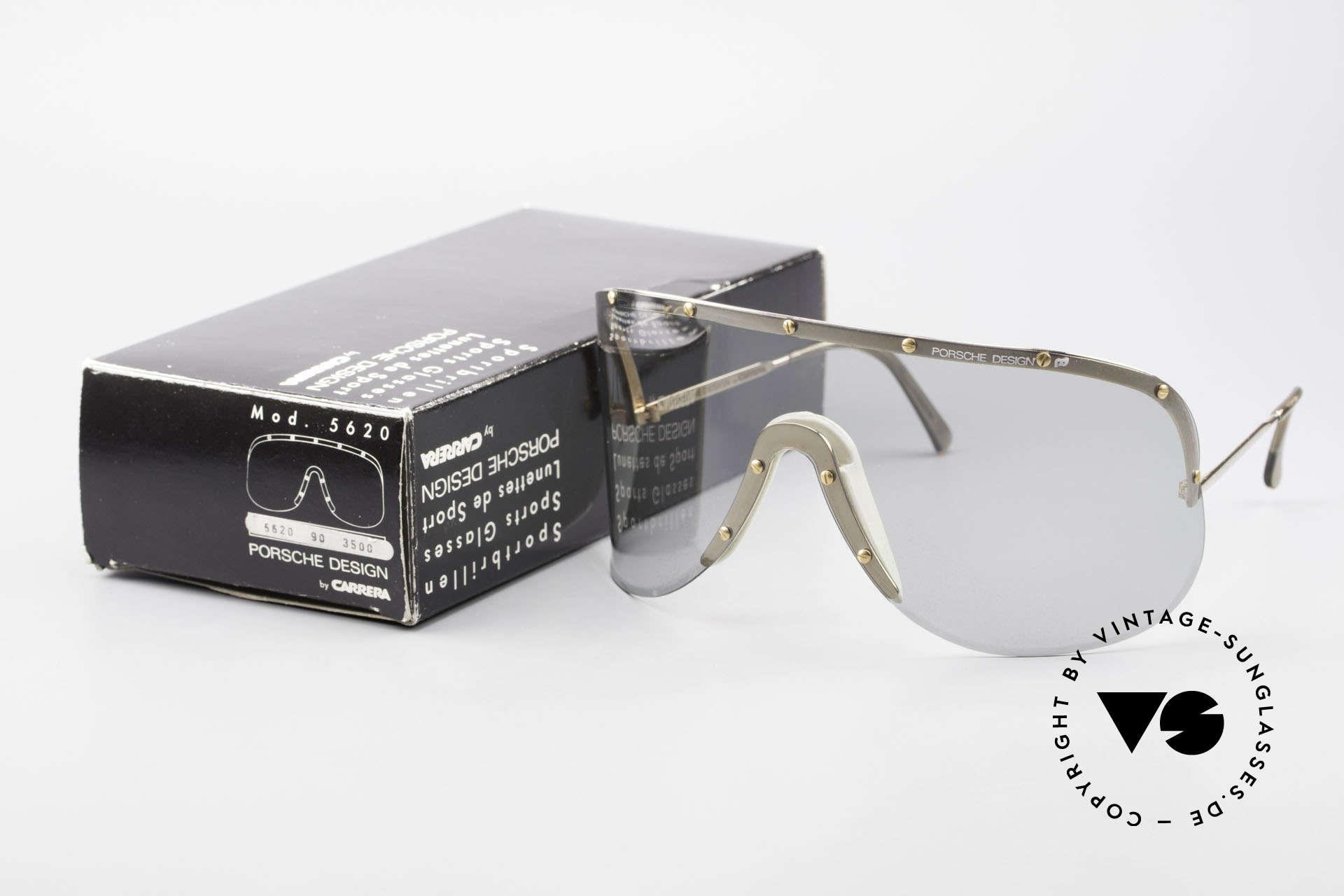Porsche 5620 Yoko Ono Sonnenbrille Gold, ungetragene 1980er Rarität inklusive original Verpackung, Passend für Herren und Damen