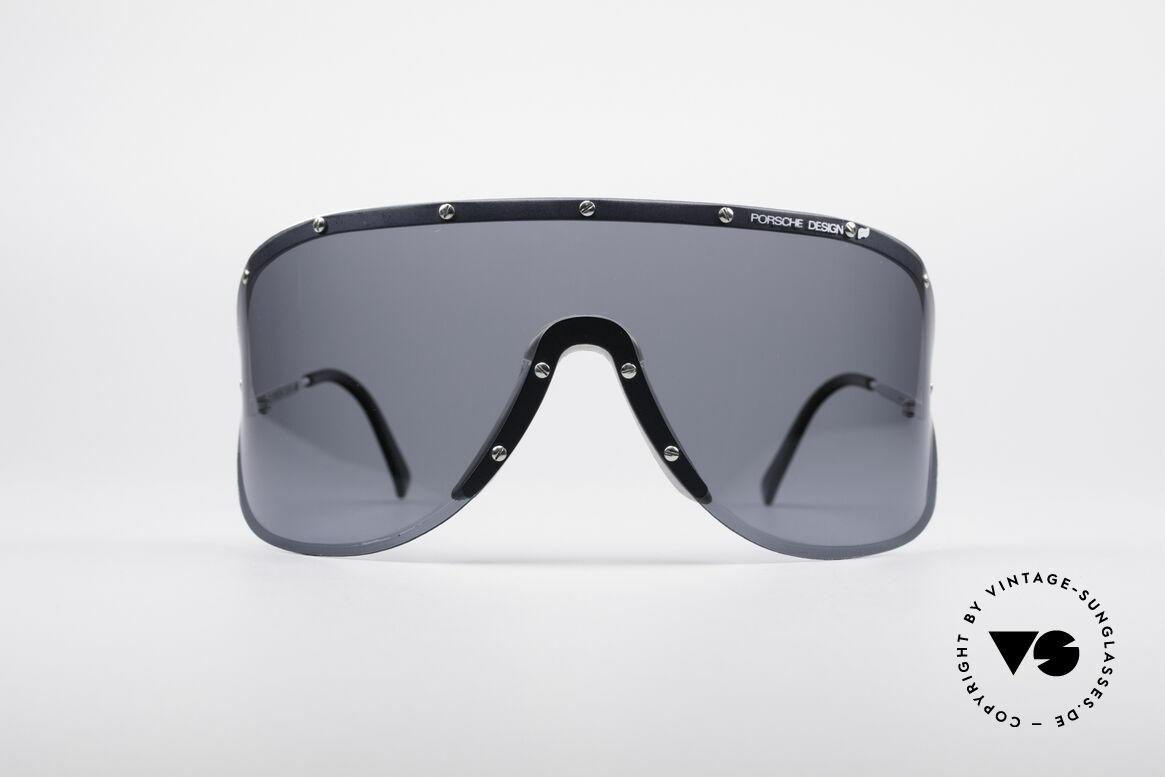 Porsche 5620 Yoko Ono Sonnenbrille, Model 5620: riesige Scheibe für den besonderen Auftritt, Passend für Herren und Damen