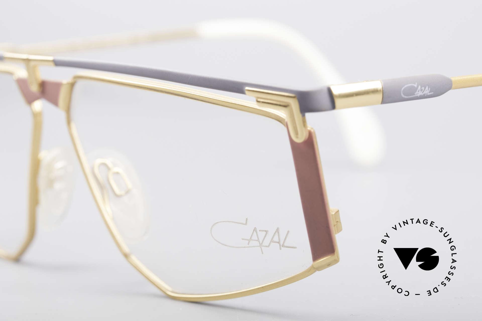 Cazal 235 Rare Titanium Vintage Brille, damals fester Bestandteil der amerik. Hip-Hop Szene, Passend für Herren und Damen