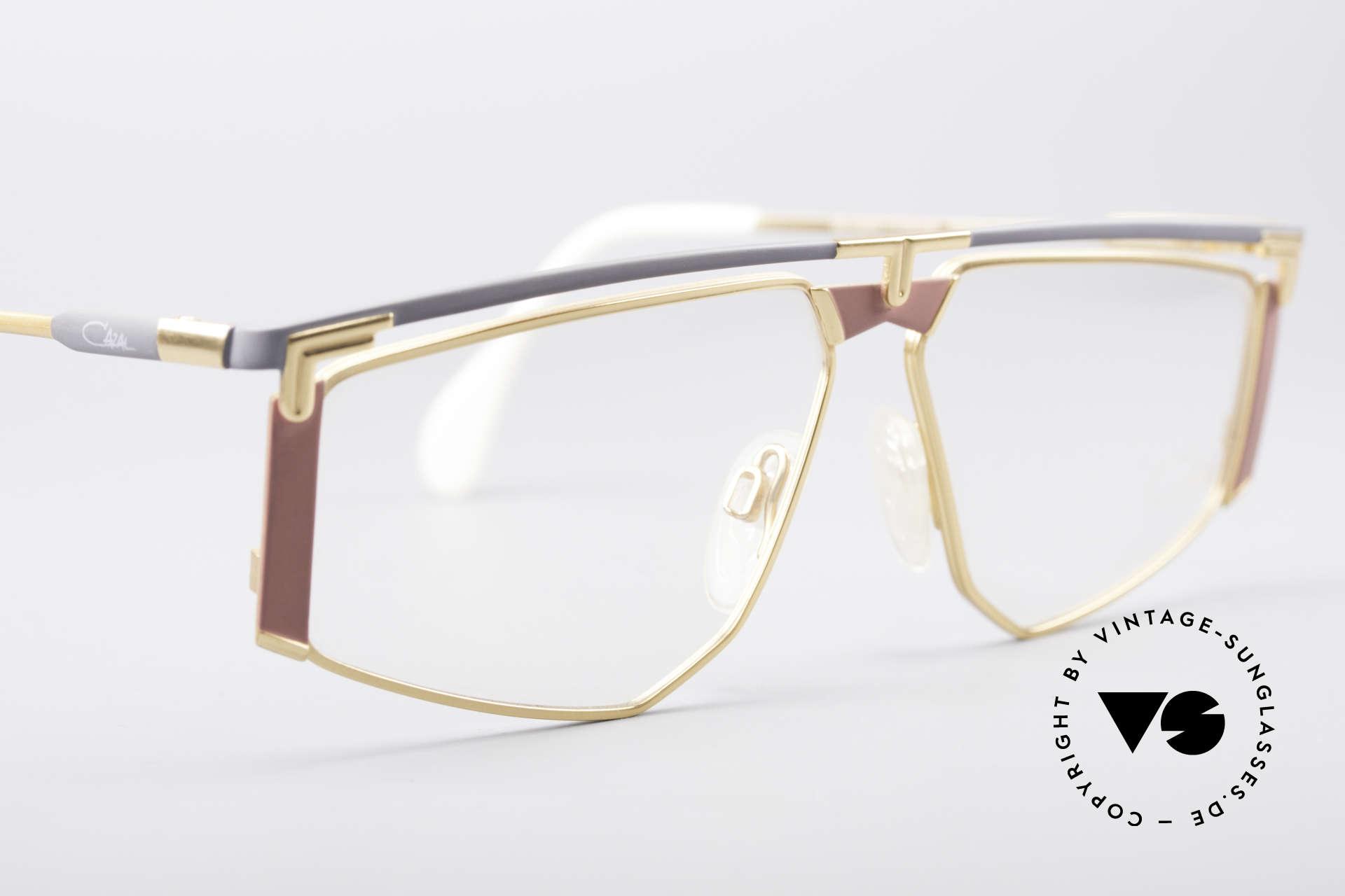 Cazal 235 Rare Titanium Vintage Brille, ungetragen (wie alle unsere 90er vintage Titan-Brillen), Passend für Herren und Damen
