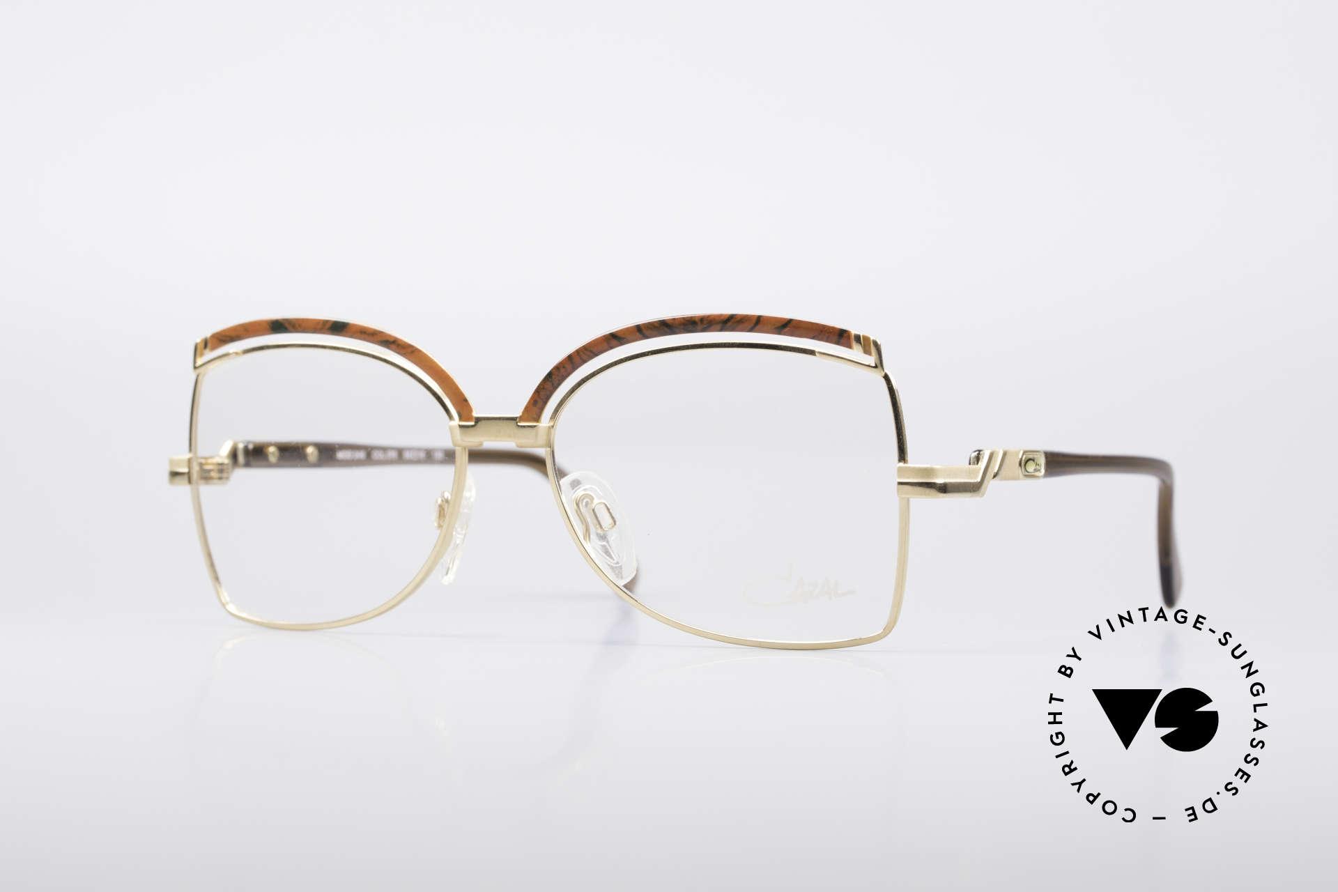 Cazal 240 90er Damen Designerbrille, feminine Cazal vintage Designerbrille von 1990, Passend für Damen