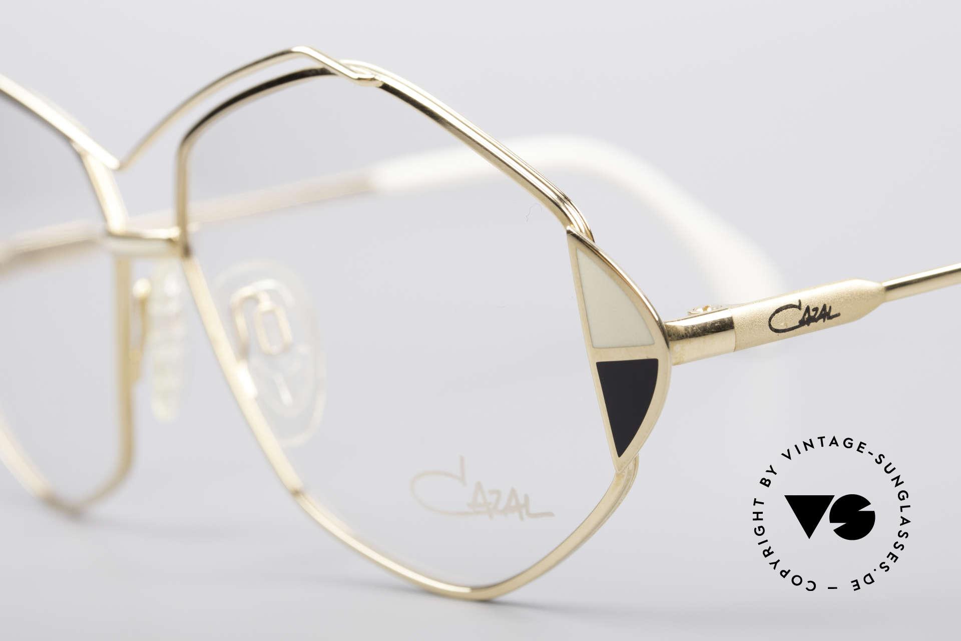 Cazal 233 Vintage West Germany Brille, ungetragen (wie alle unsere vintage Cazal Brillen), Passend für Damen