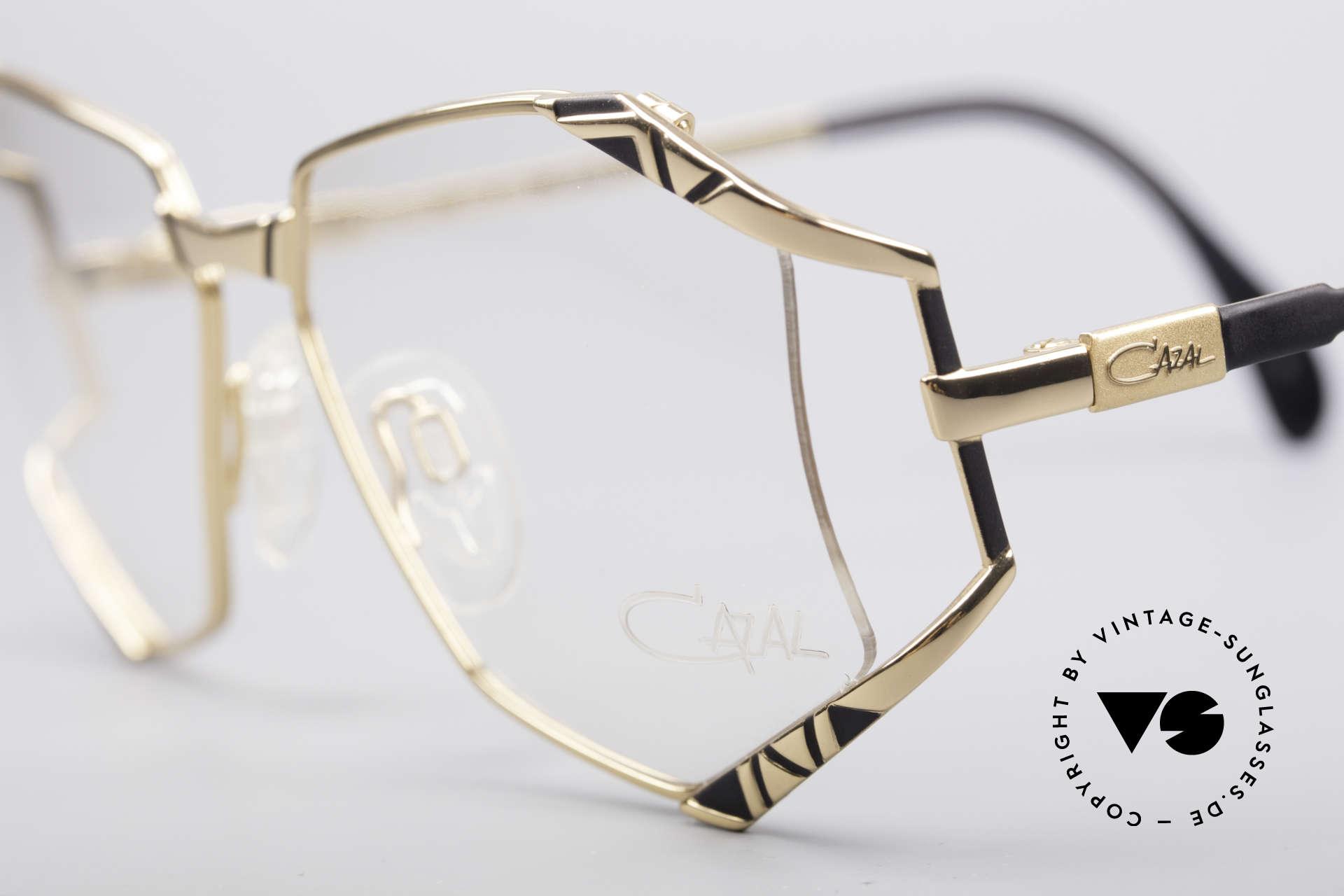 Cazal 245 90er Designer Damenbrille, ungetragen (wie alle unsere vintage Cazal Brillen), Passend für Damen