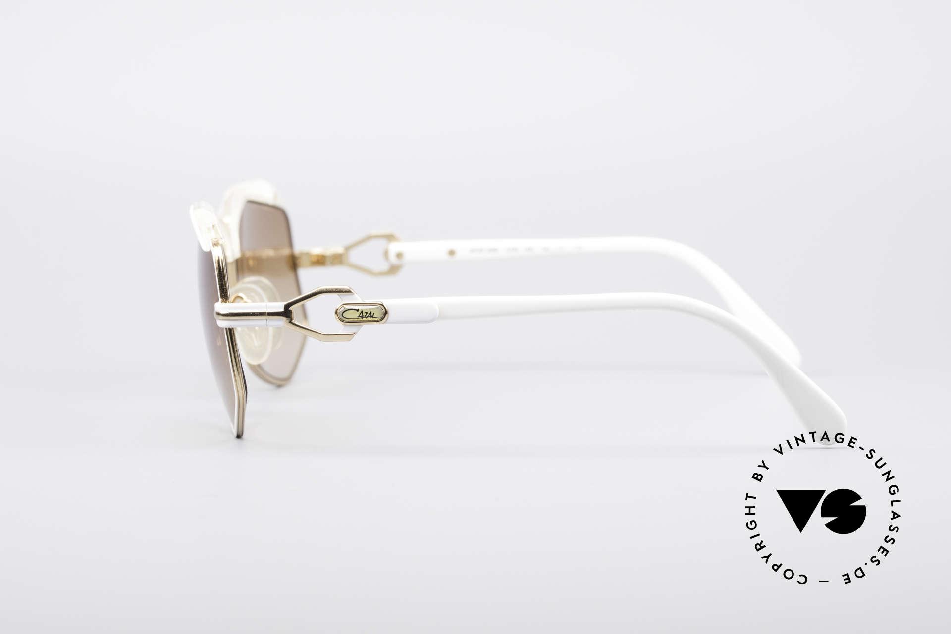 Cazal 230 80er Hip Hop Sonnenbrille, ungetragen (wie alle unsere vintage Cazals), Passend für Damen