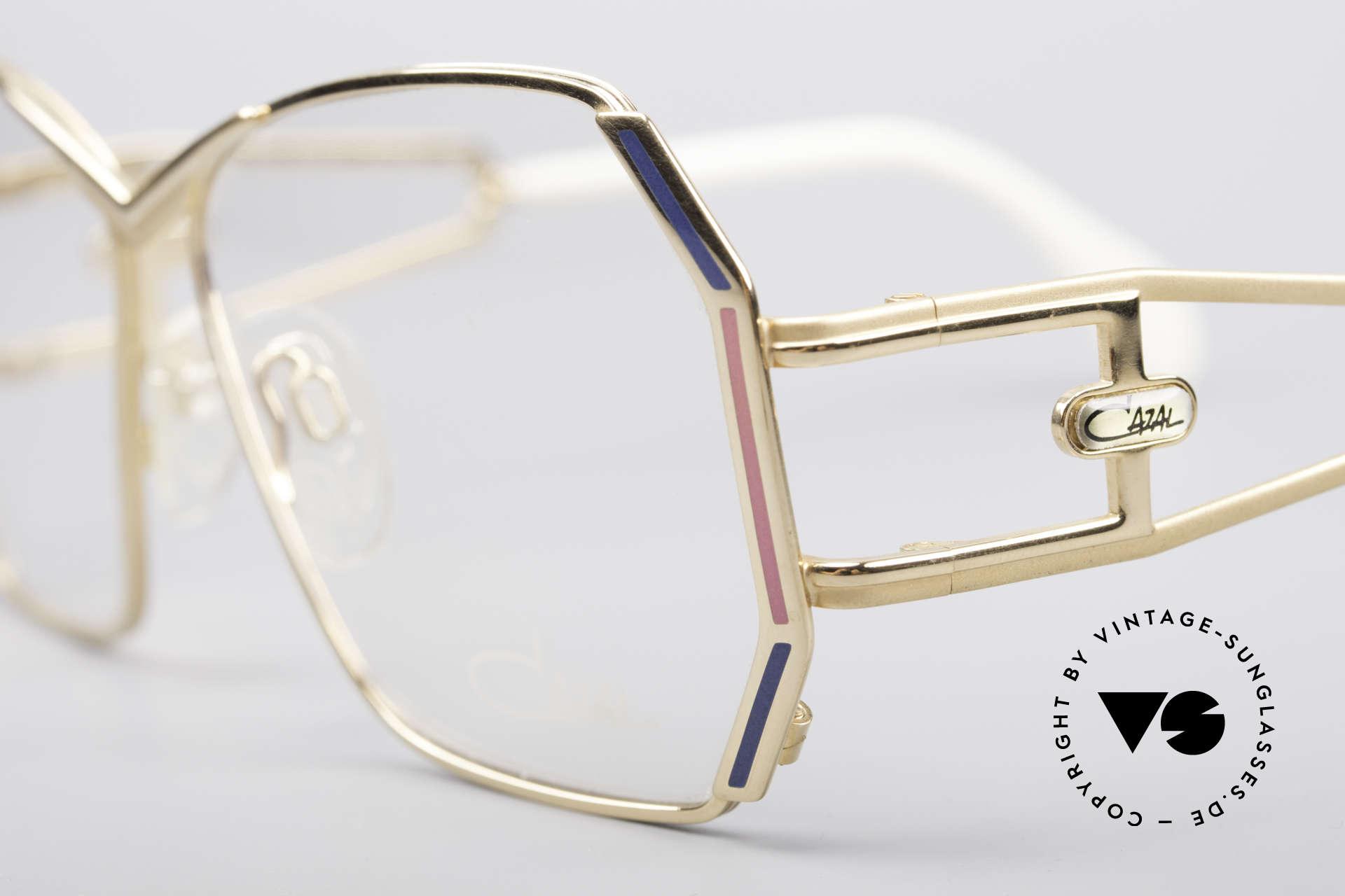 Cazal 225 80er Old School HipHop Brille, ungetragen (wie alle unsere alten Designer-Originale), Passend für Damen