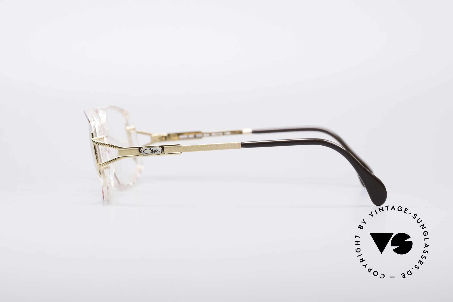 Cazal 362 No Retro 90er Vintage Brille, genaue Farbbezeichnung: fuchsia-pink / kristall, Passend für Damen
