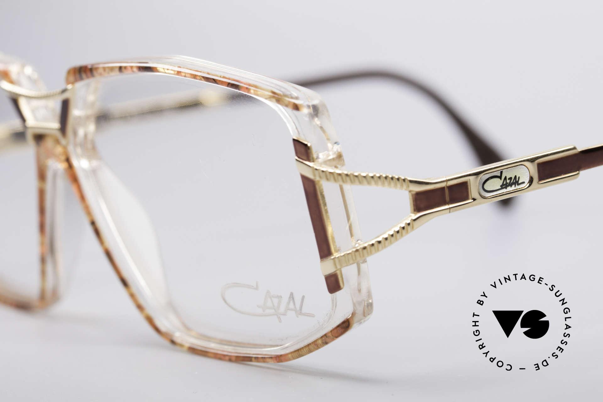 Cazal 362 No Retro 90er Vintage Brille, ungetragen (wie alle unsere vintage Cazal Brillen), Passend für Damen