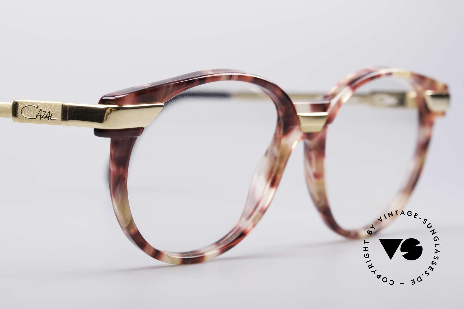 Cazal 338 Kleine Runde Vintage Brille, KEINE Retrobrille; sondern ein 25 Jahre altes Unikat, Passend für Herren und Damen