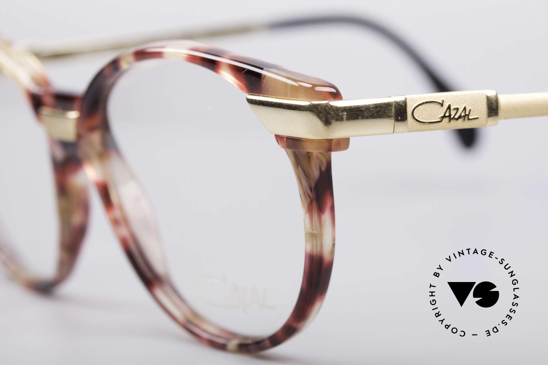 Cazal 338 Runde 90er Vintage Brille, ungetragen (wie alle unsere alten CAZAL ORIGINALE), Passend für Herren und Damen