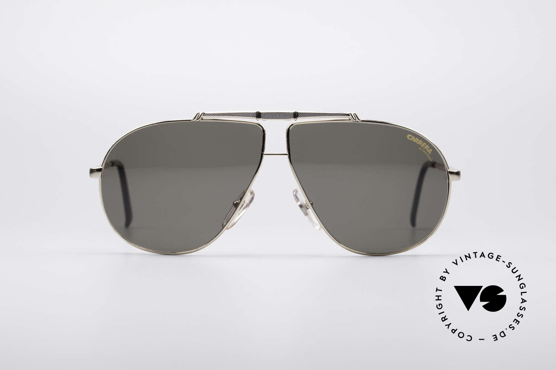 Carrera 5401 80er Pilotensonnenbrille, brilliante Gold-Lackierung mit Titanium-Oberbalken, Passend für Herren