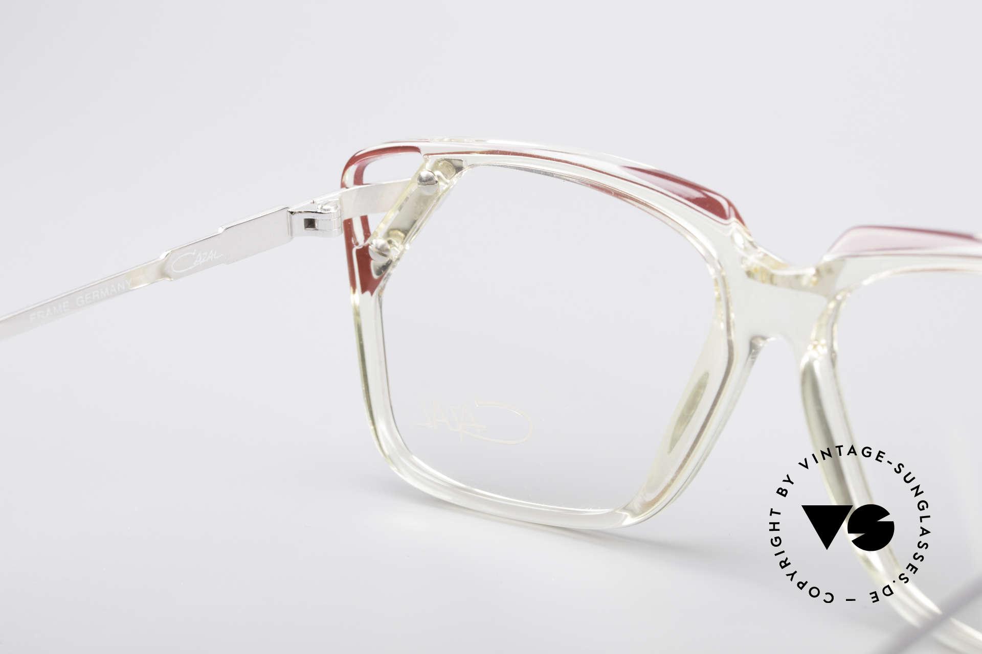 Cazal 342 90er Designerbrille, die Fassung ist natürlich beliebig verglasbar, Passend für Damen