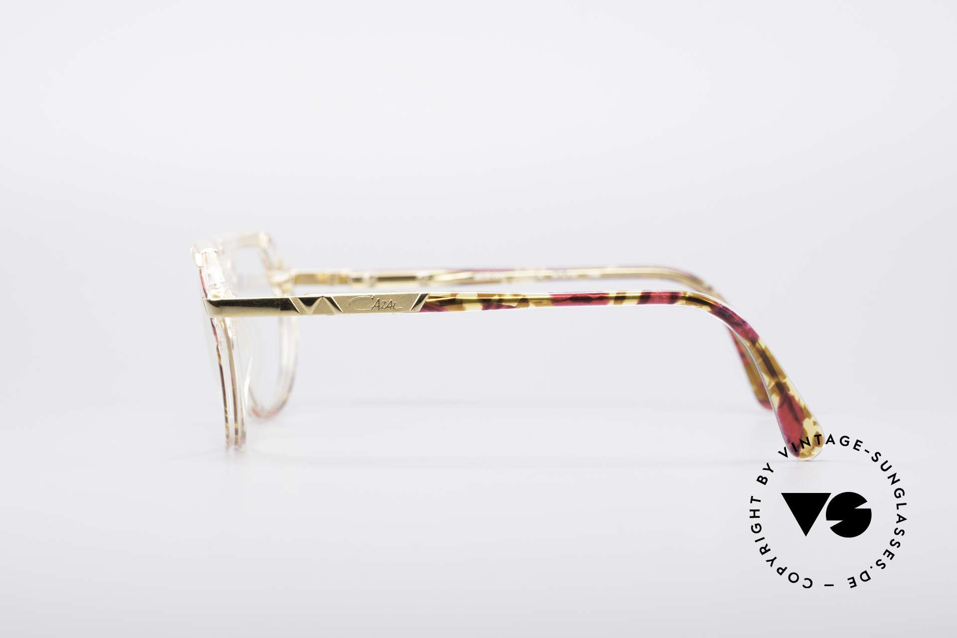 Cazal 344 Old School Kristall Brille, nie getragen (wie alle unsere vintage Cazal Brillen), Passend für Damen