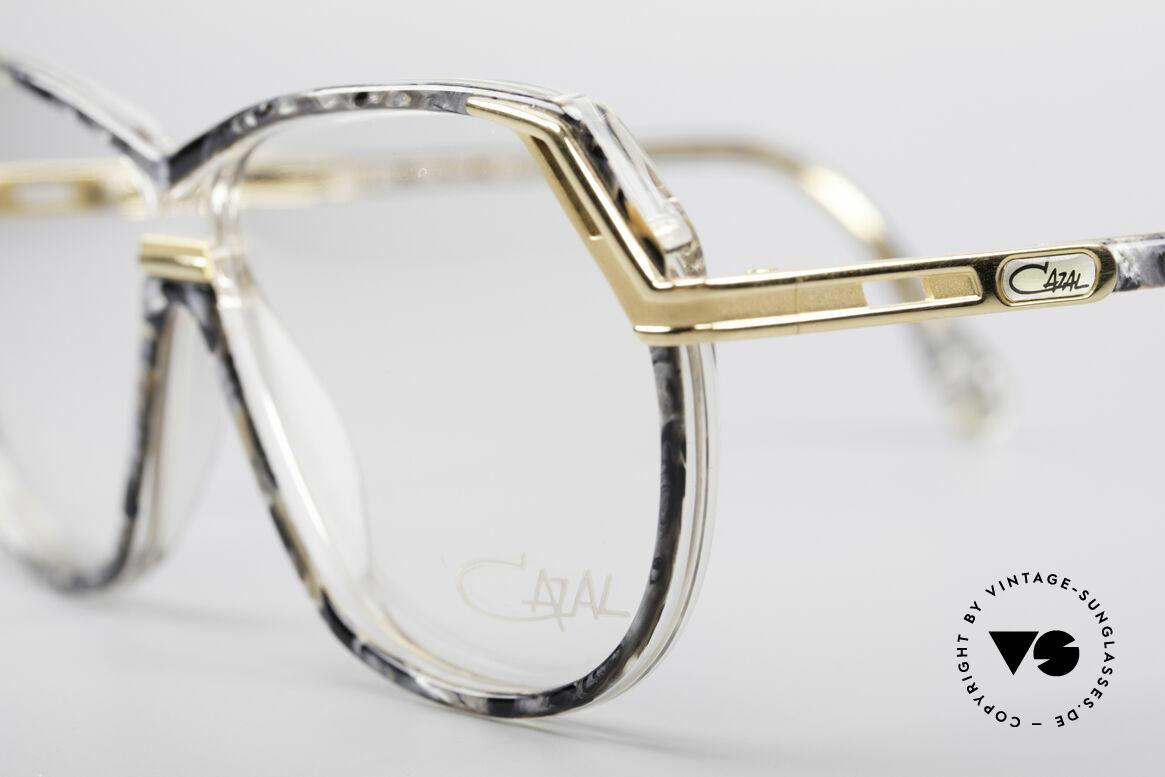 Cazal 339 No Retro 90er Vintage Brille, ungetragen (wie alle unsere vintage CAZALS), Passend für Damen