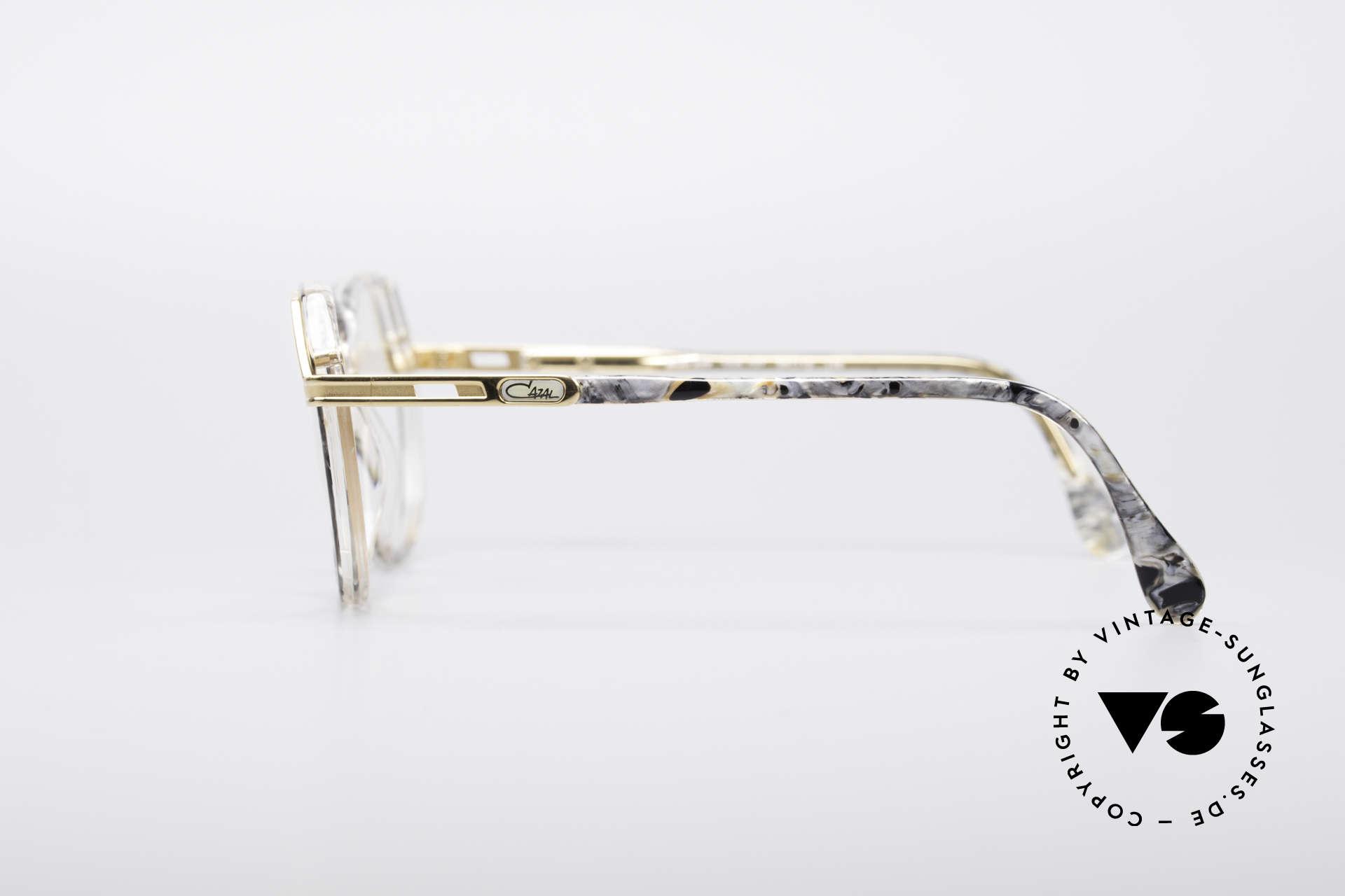 Cazal 339 No Retro 90er Vintage Brille, KEINE retro Brille, sondern ein altes Original, Passend für Damen
