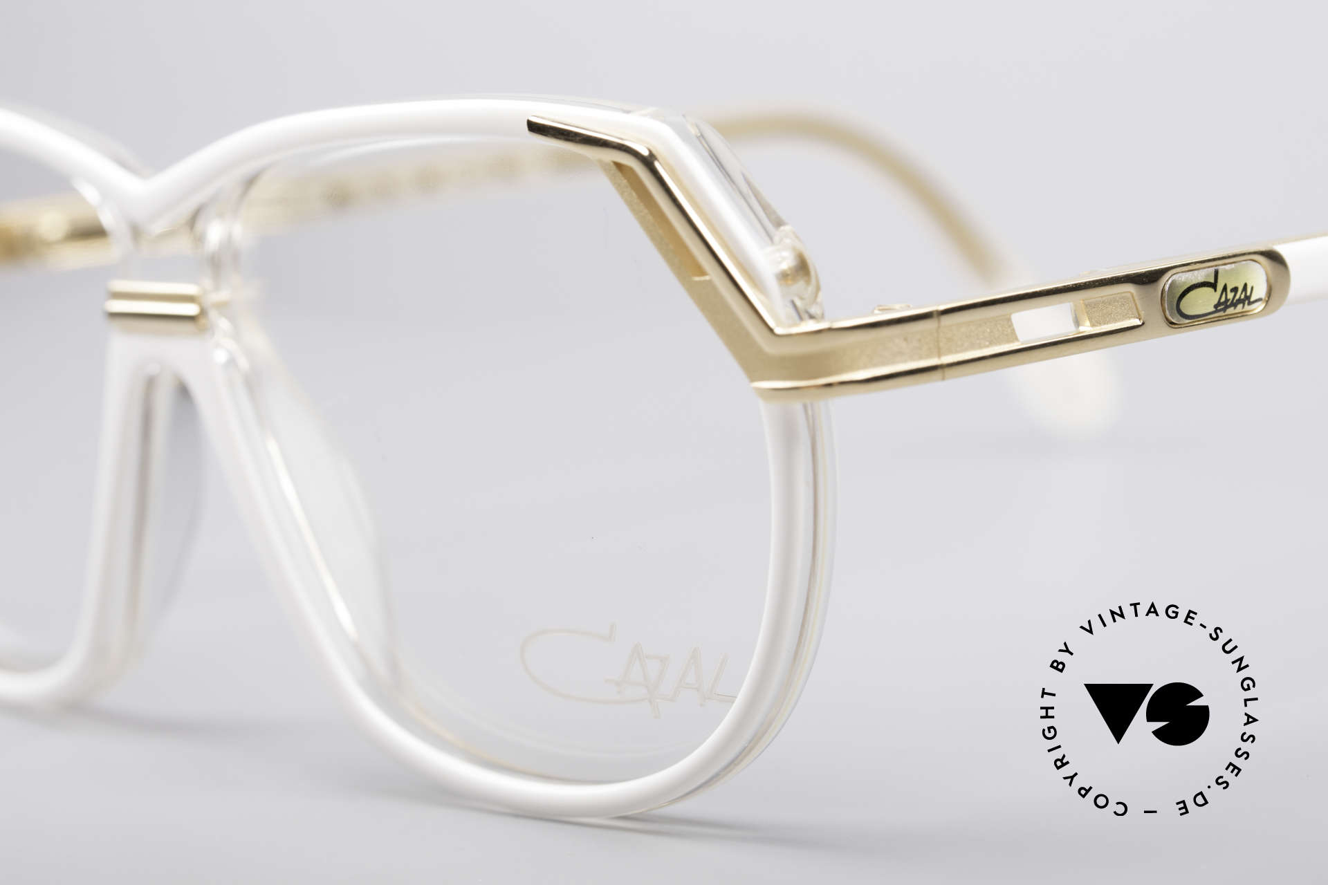 Cazal 339 90er Vintage Designer Brille, ungetragen (wie alle unsere vintage CAZALS), Passend für Damen