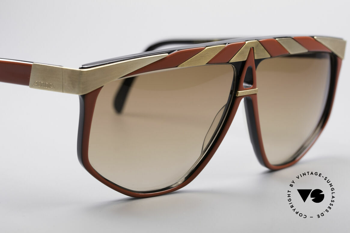 Alpina G82 Vergoldete Vintage Brille, ungetragen (wie alle unsere vintage ALPINA Brillen), Passend für Herren und Damen