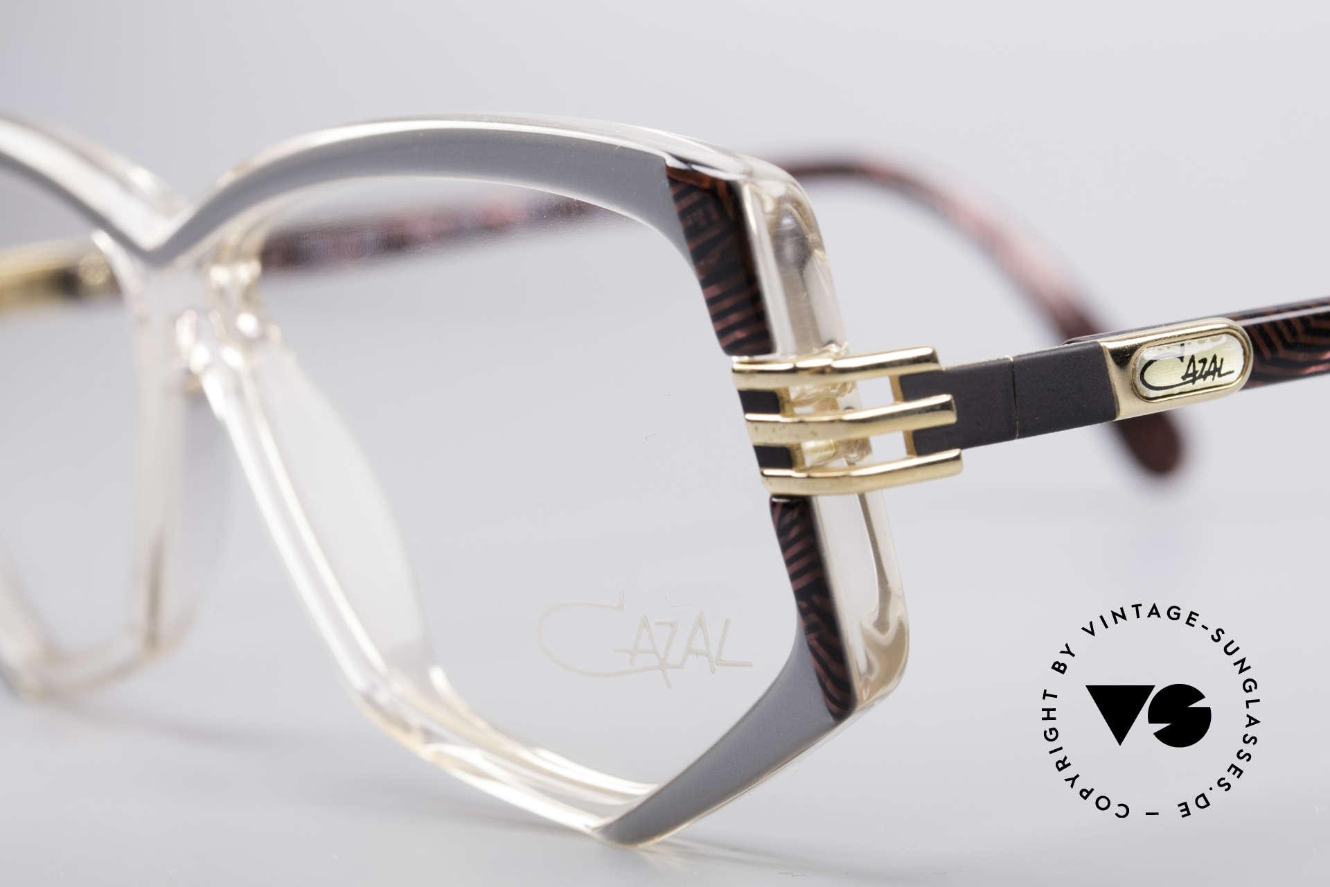 Cazal 322 80er West Germany Cazal, ungetragen (wie alle unsere vintage Cazal Brillen), Passend für Damen
