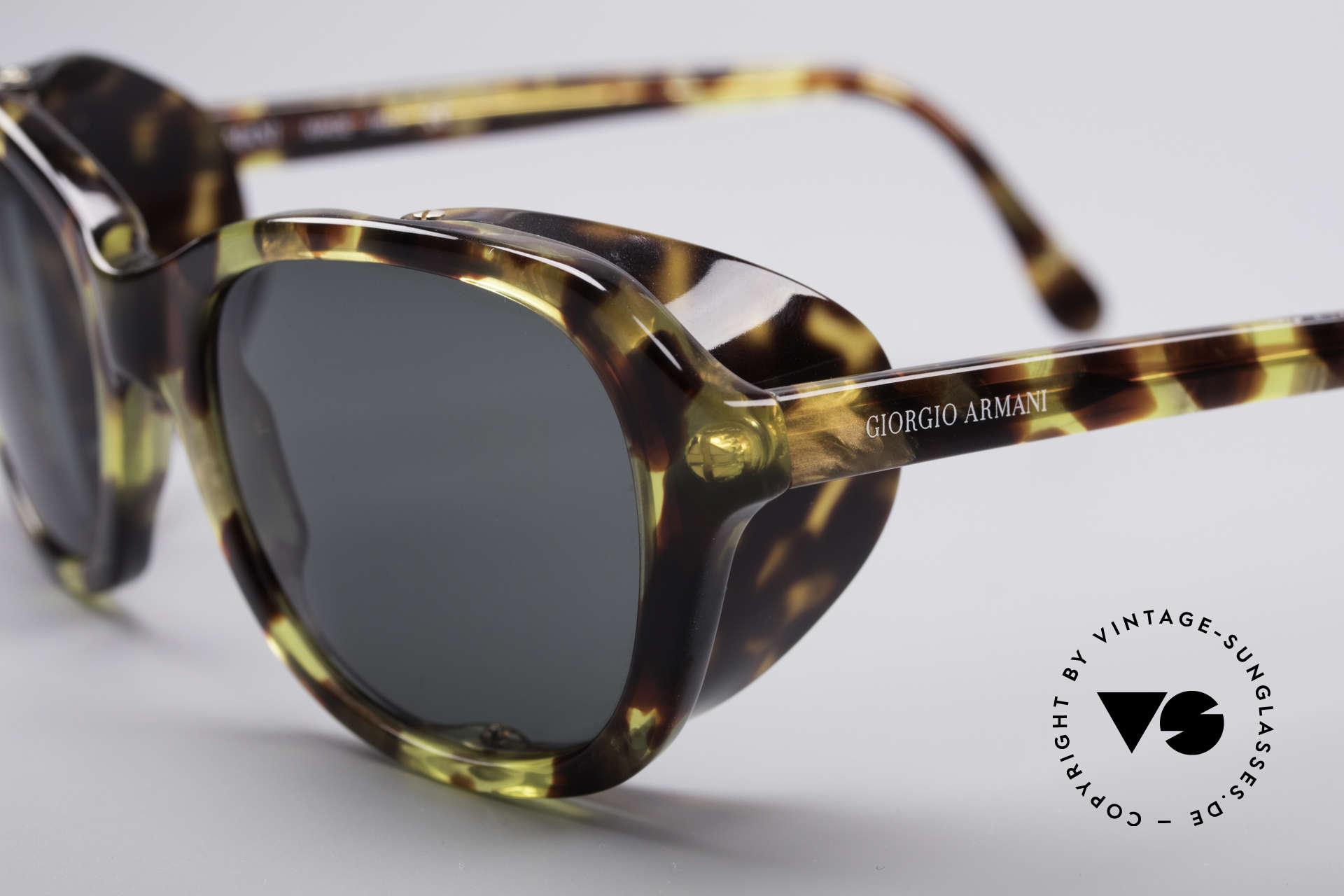 Giorgio Armani 826 No Retro Sonnenbrille 90er, ein wirklich interessantes Modell in einer kleiner Größe, Passend für Damen