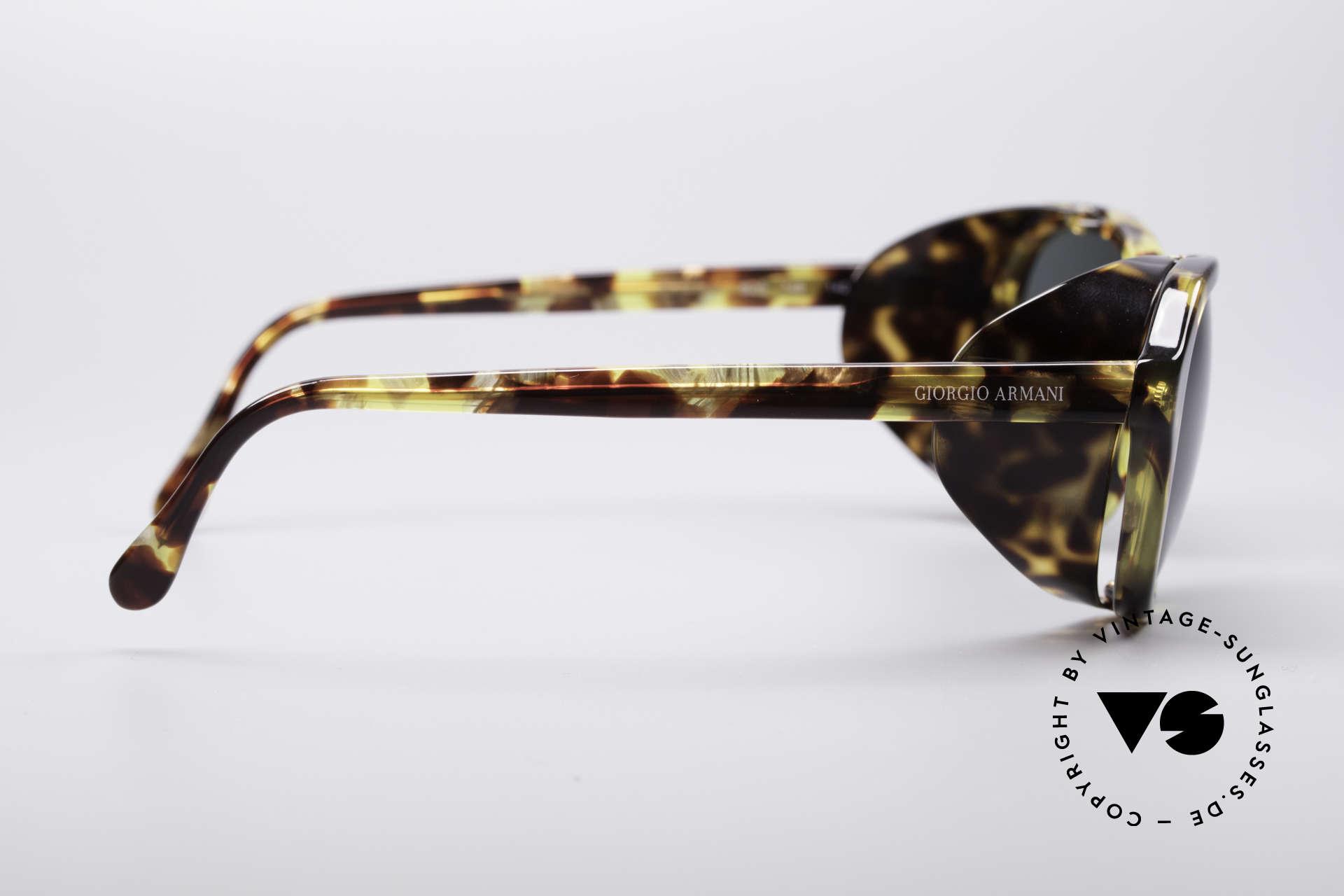Giorgio Armani 826 No Retro Sonnenbrille 90er, ungetragen (wie all unsere 1990er Jahre Designerstücke), Passend für Damen