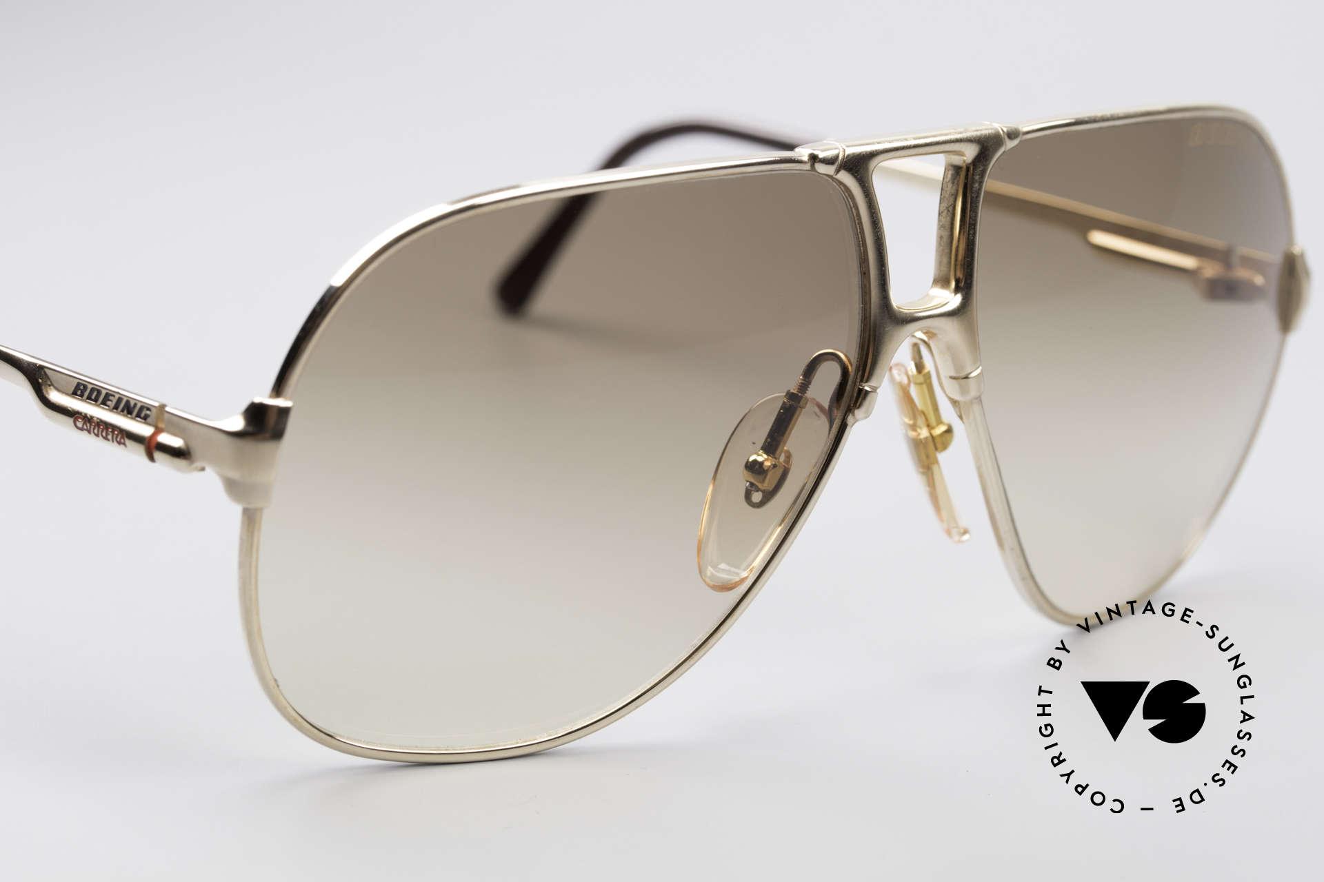 Boeing 5700 Berühmte 80er Piloten Brille, ungetragen (wie alle unsere Boeing Pilotenbrillen), Passend für Herren und Damen
