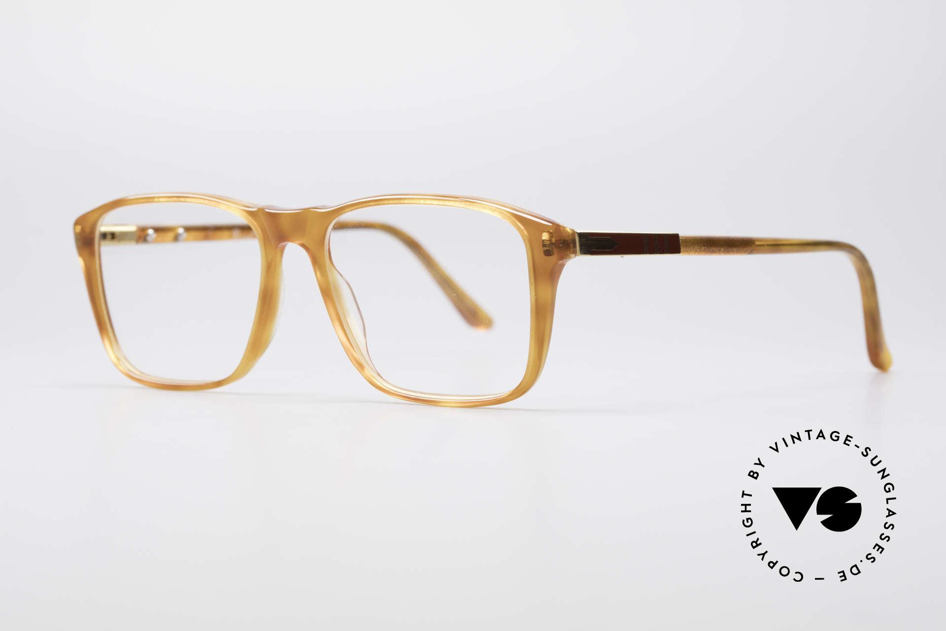 Persol Manager 13 Ratti Vergoldete 80er Brille, Handarbeit als Merkmal dieser anspruchsvollen Serie, Passend für Herren