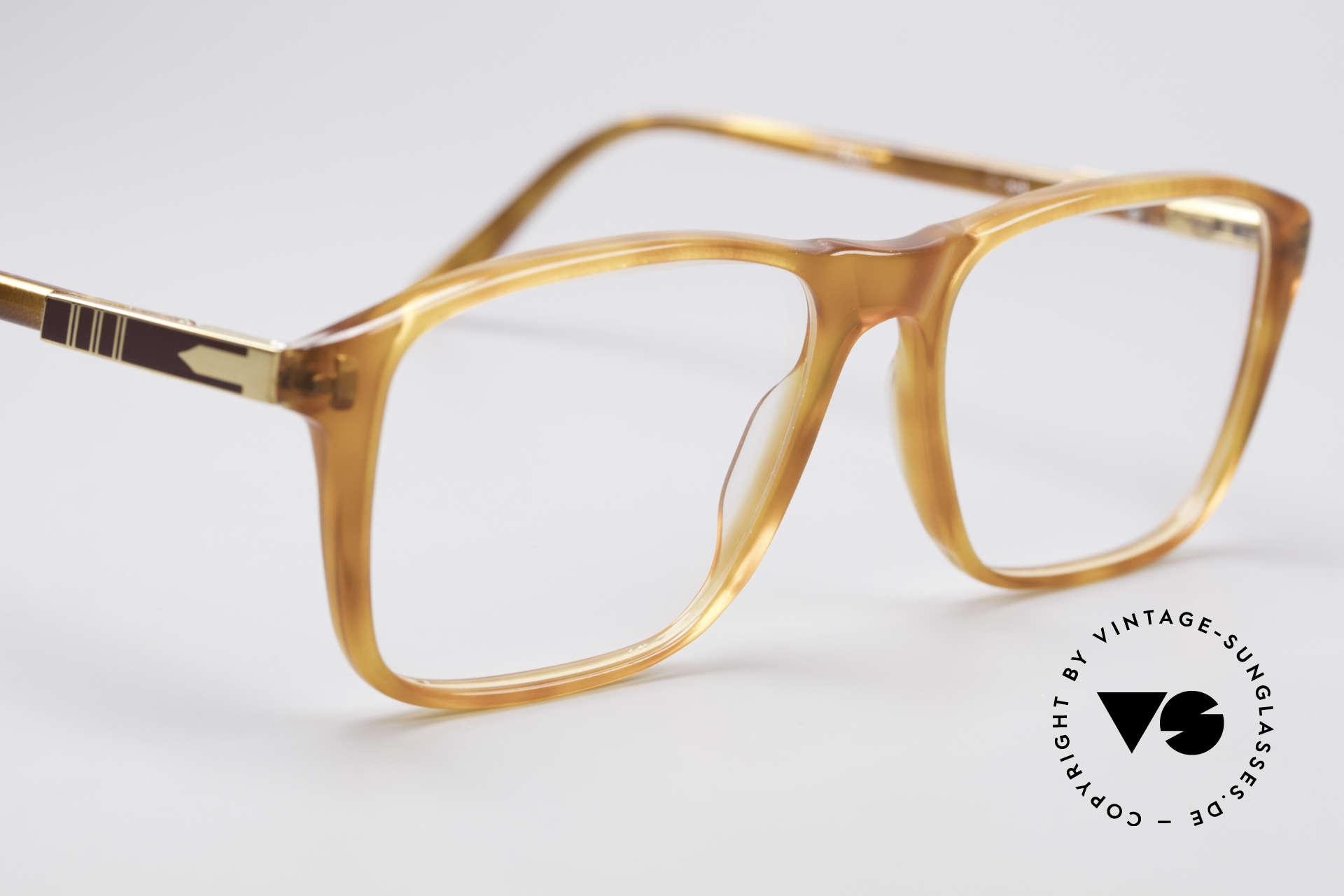 Persol Manager 13 Ratti Vergoldete 80er Brille, ungetragen (wie all unsere vintage Persol Ratti Brillen), Passend für Herren