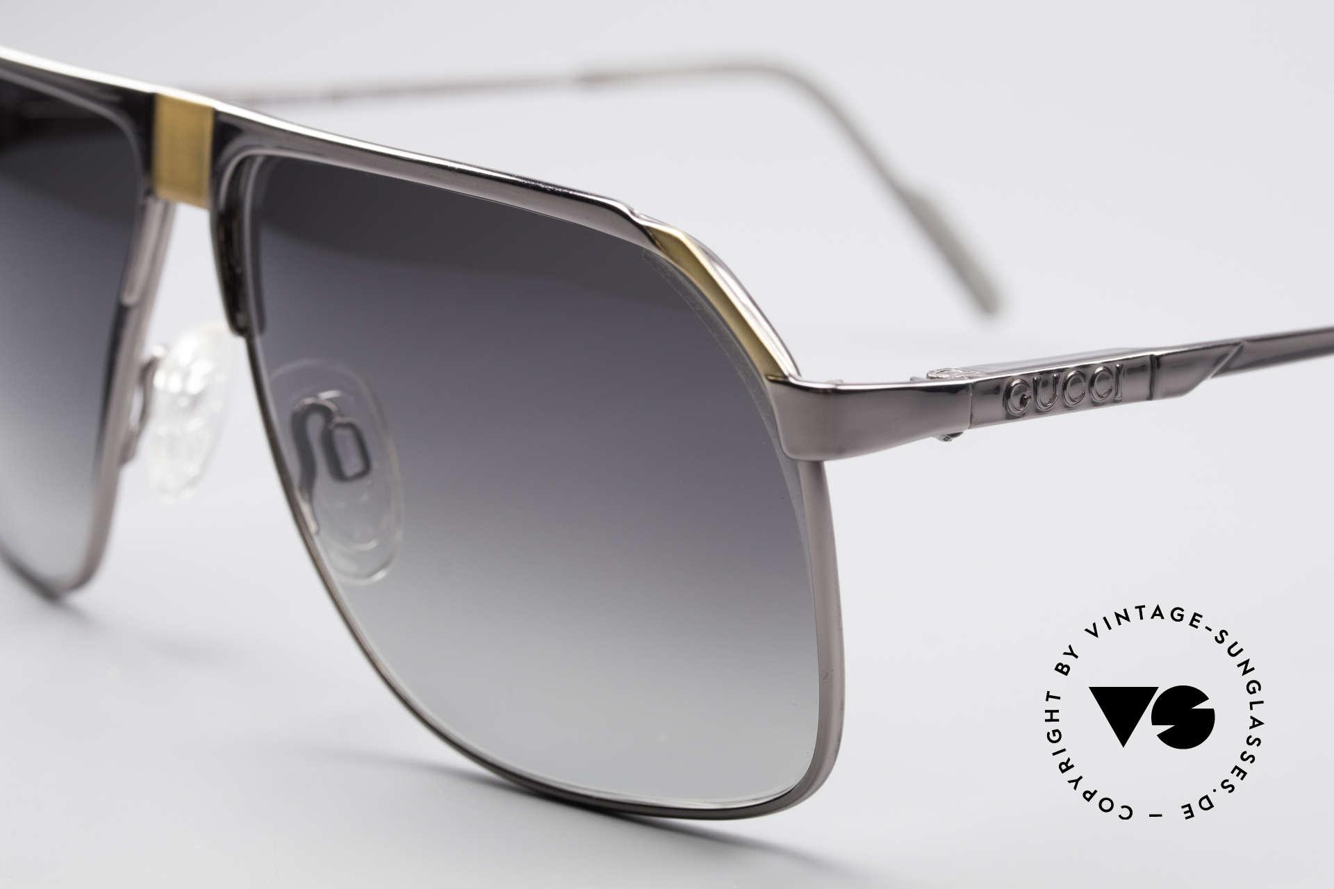 Gucci 1200 80er Luxus Sonnenbrille, ungetragen; mit Gläsern in grau-Verlauf (100% UV), Passend für Herren