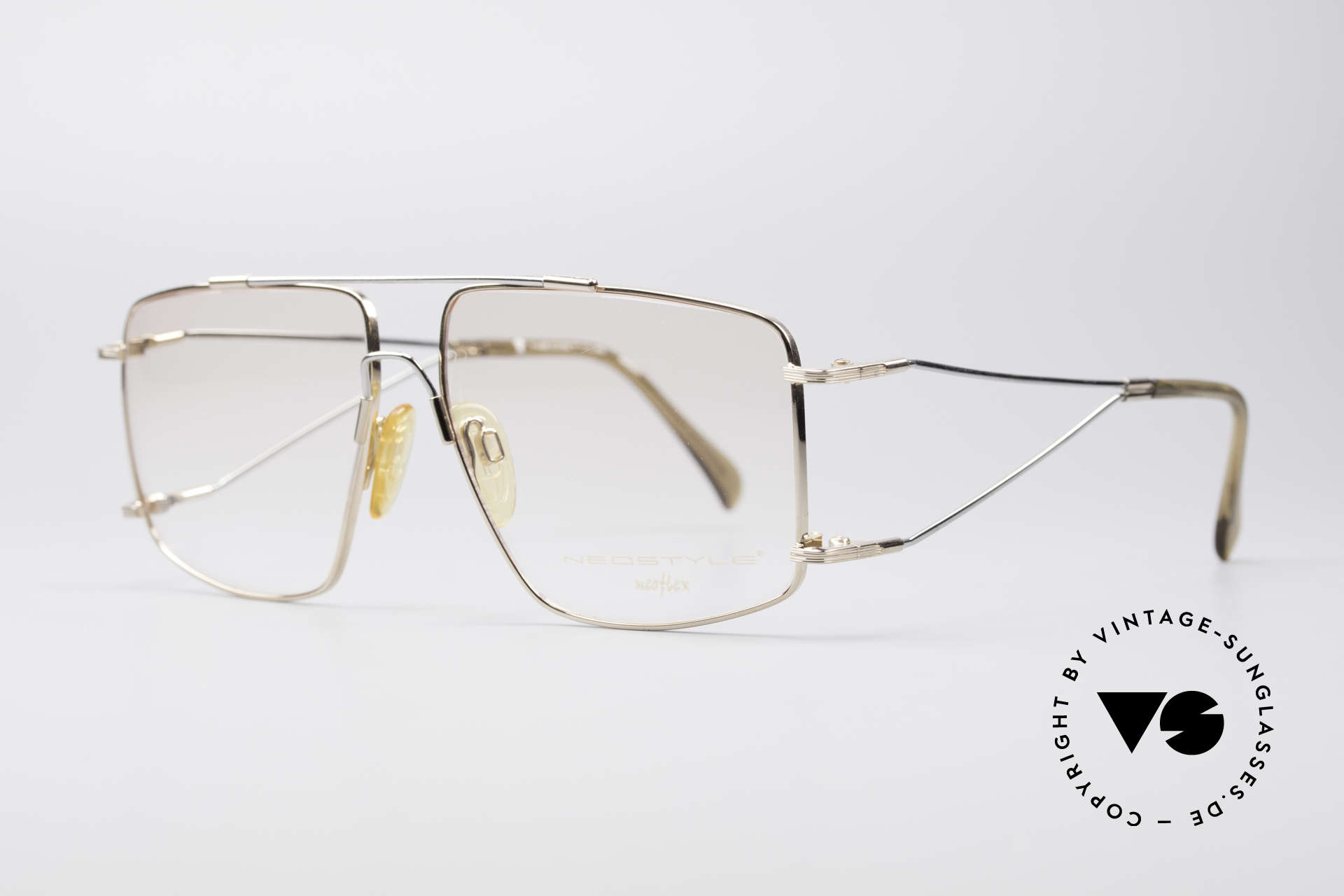 Neostyle Jet 40 Titanflex Vintage Brille, TITAN-FLEX ist unglaublich robust und sehr leicht, Passend für Herren